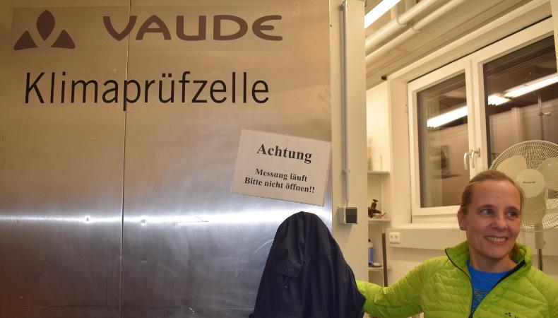 Nachhaltigkeit in der Praxis: Als Klimaprüfzelle die die alte Kühlkammer vom Dorfmetzger - Wiederverwertung.
