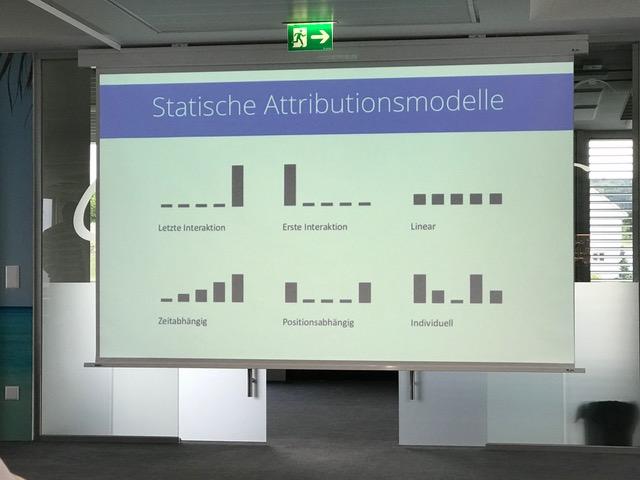 Der Marketing Club Lago zu Gast bei HolidayCheck in Bottighofen –mit den Referenten Max Melching und Christian Schulz.